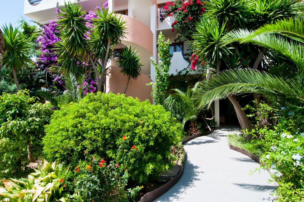 apartamentos-estanques-jardin-012